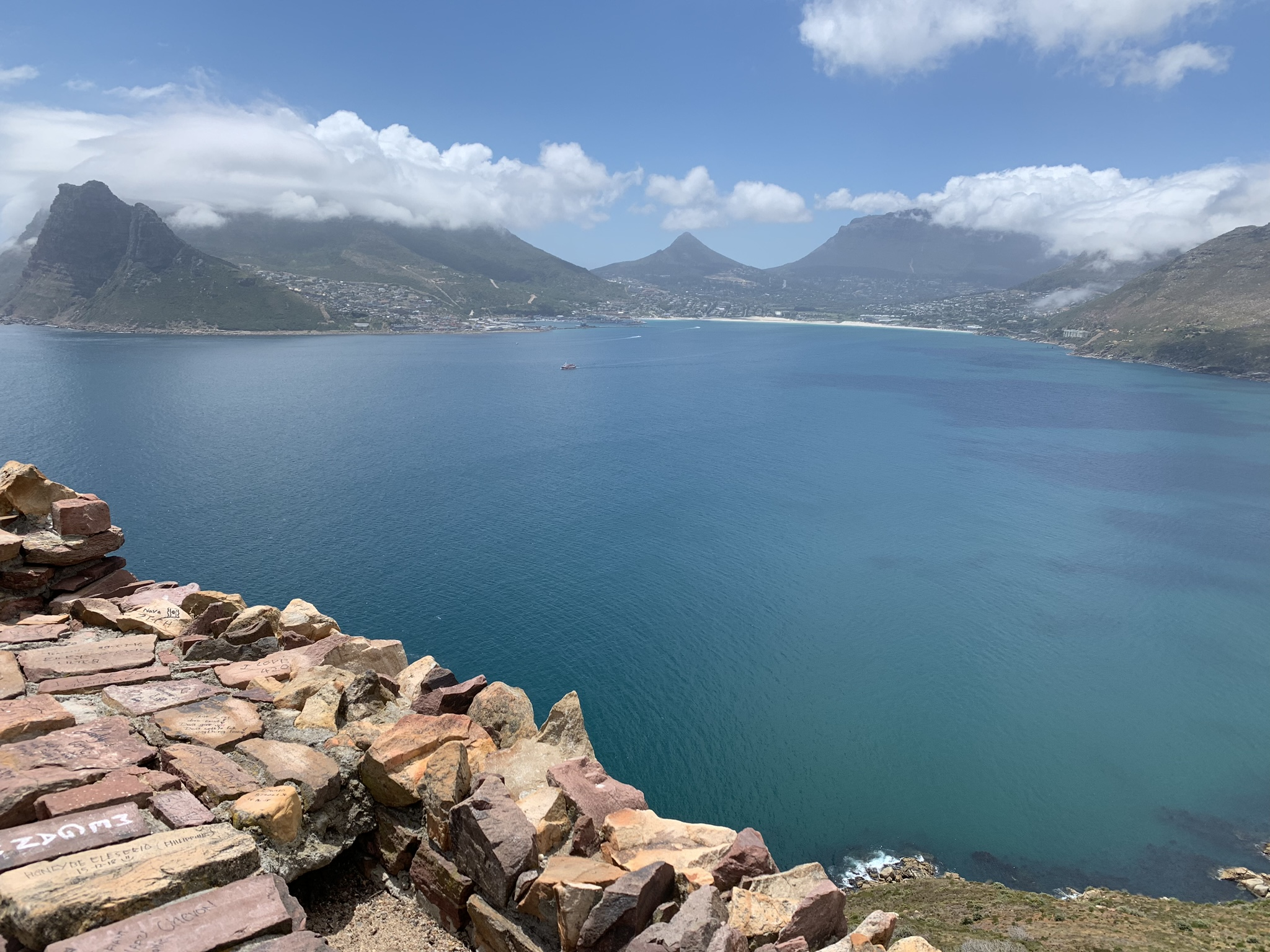 Arrival in Cape Town, 3SOMS, The Pav and Getting my Feet Wet  – January 1-9